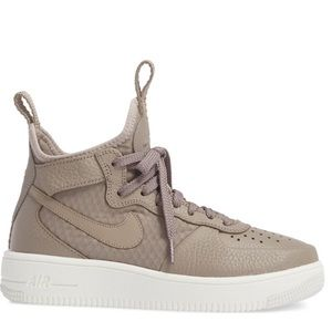 Nike Air Force 1 Ultraforce Mid - 7.5 New wBox